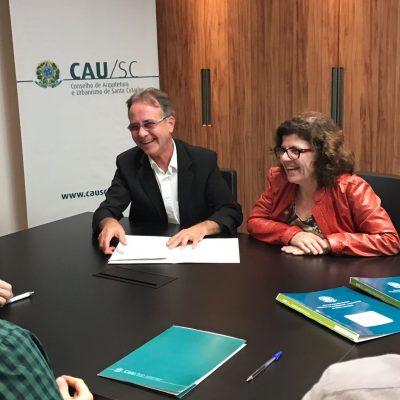 Assinatura Unisul e CAU/SC